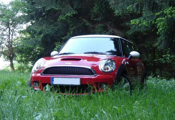 Cooper S (MB) Reds1.JPG