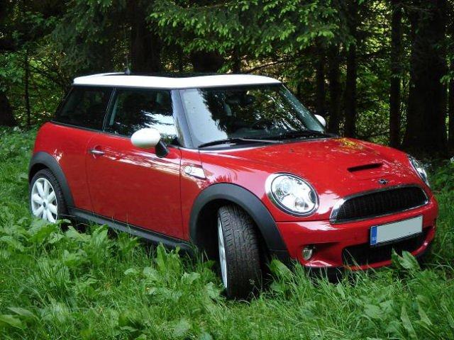 Cooper S (MB) Reds2.JPG